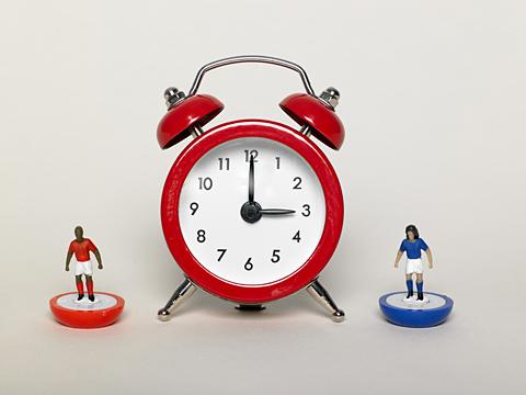Traditional 3 o'clock football kick off